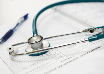 Krank und ohne Papiere